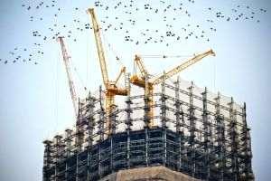 Sectorul construcţiilor a crescut 3,3% în februarie 2021