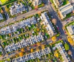 Creştere cu peste o treime a numărului de autorizaţii de construire eliberate pentru clădiri rezidenţiale